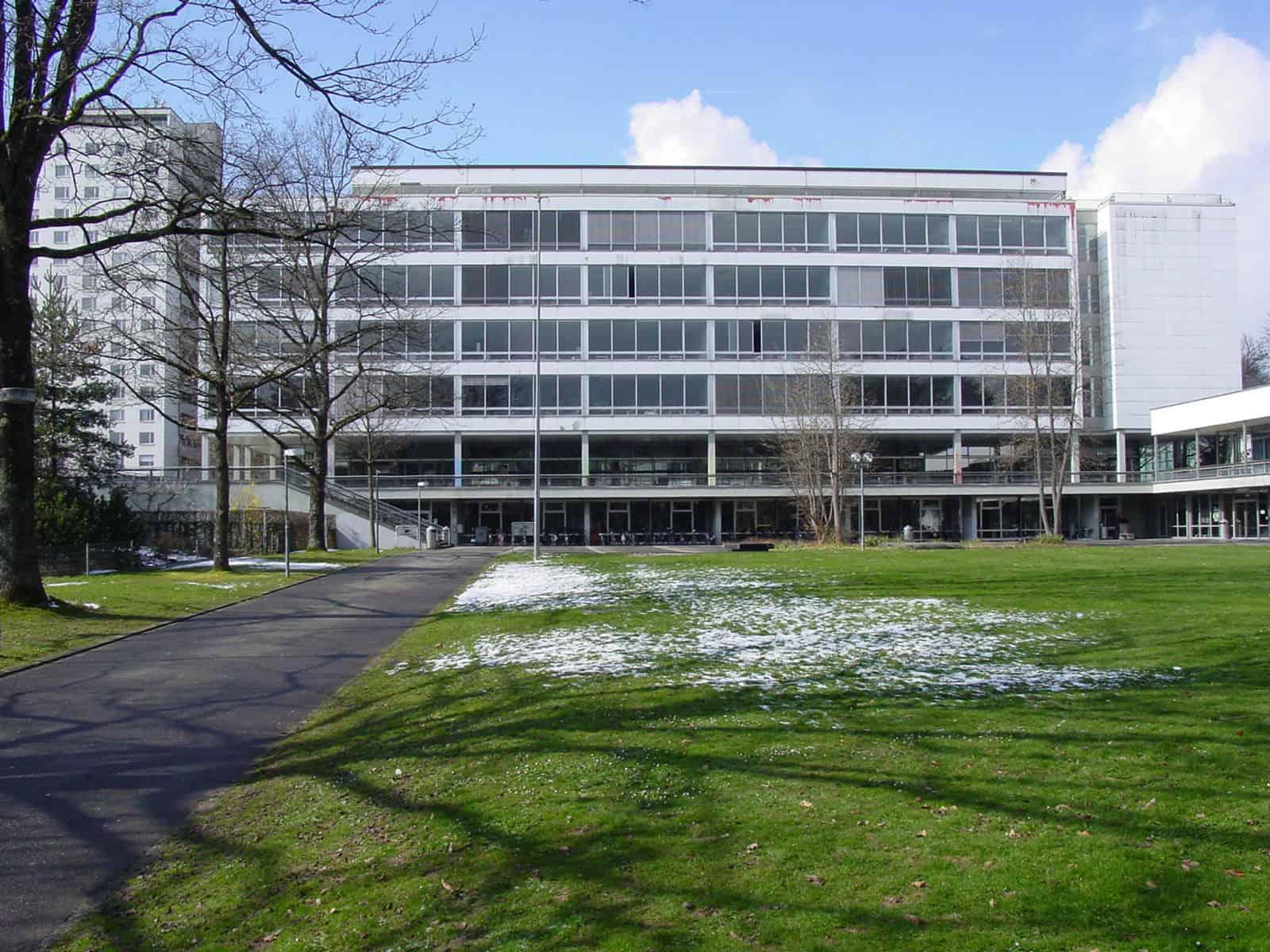 Instandsetzung Gymnasium Neufeld